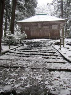 雪の平泉寺白山神社拝殿