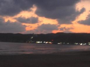 日暮れの岩和田海岸