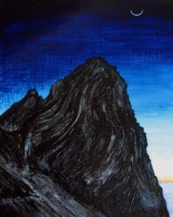 槍ヶ岳は 薄い月の元で巨大な螺旋だった