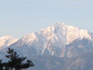 朝の甲斐駒ヶ岳