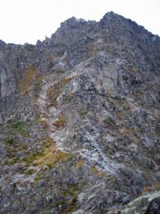 岩壁の涸沢岳