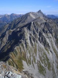 槍ヶ岳までの稜線