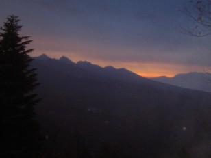 南八ヶ岳の夜明け
