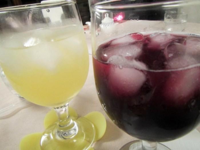 葡萄のジュース赤と白