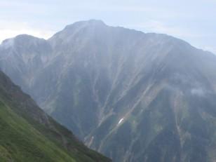 どっしりとした五竜岳