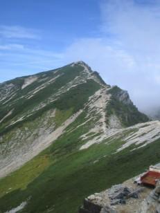 唐松岳への清々しい稜線