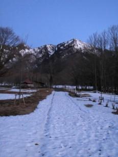 キャンプ場からの五地蔵山