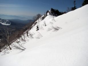 五地蔵山から延びる九頭竜山への尾根