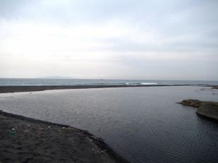 河口がだいぶ北側に