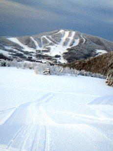 冬のダボスゲレンデからの風景
