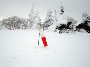 根子岳頂上ヘリポートの風速